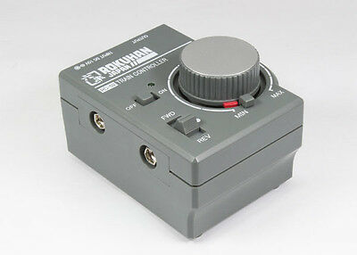 Rokuhan RC-02 Train Controller with 1 pc of Feeder Cable (1/220 Z Scale)