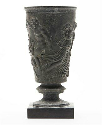 Inhabituel Antiquité Bronze Classical Vase 18/19Ème C