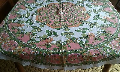 """VINTAGE MID-CENTURY 64"""" ROUND TABLECLOTH ~ BOLD FLORAL ~ 1960s MOD BO HO"""