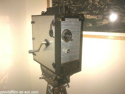 ANTIQUES: LOT: RARE MOVIE CAMs, RARE STUDIO LITES, OLD FILM  EQUIPMENT. OFFERS !