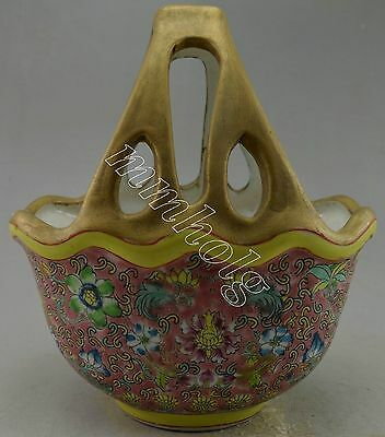 Collectible Decorated Old Colour Enamels Porcelain Drawing Flower Basket Statue