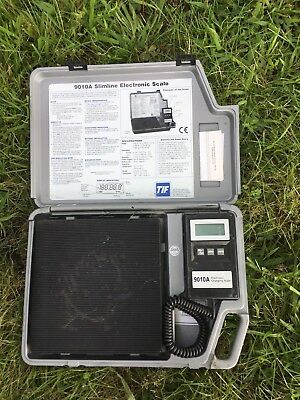 TIF 9010A Slimline Electronic Scale with Case