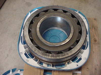 New SKF Spherical Roller  Bearing PN 22336 CC/W33