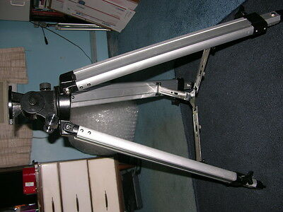 Meade Deluxe Field Tripod with Mounting Head