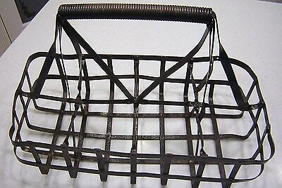 Old Antique Steel Milk/Oil 8 One Qt. Bottle Carrier Crate Caddy Holder Container