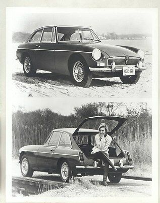 1966 MG MGB GT & Model ORIGINAL Factory Photograph wy4185