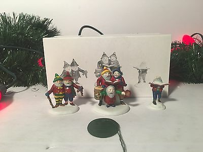 New Department 56 Sing A Song For Santa Set Of 3 Heritage Village Collection