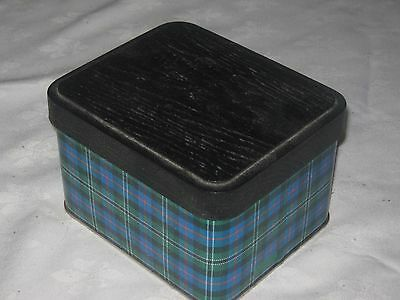 Arnott's 500g Tartan Shortbread Hunting Rose Biscuit Tin (Empty)