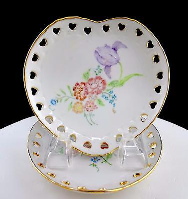 "Vera Van Hoy Signed 2 Heart Shaped Reticulated Floral 5"" Wall Plates 1984"