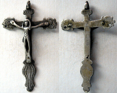 PCW-AN281-SOUTH AMERICA. Antique Silver Cross. Ca. 17th-18th. Century. Intact.