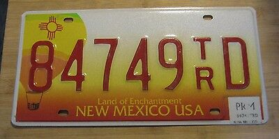 2002 New Mexico Hot Air Balloon License Plate Expired 84749 Tr D