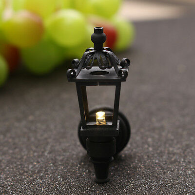 1/12 Dollhouse Miniature Black Metal LED Light Street Garden Lamp with Battery