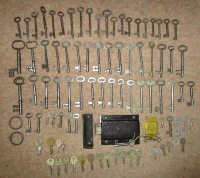 vintage job lot 80  + mixed keys yale mortice  etc + 2 locks
