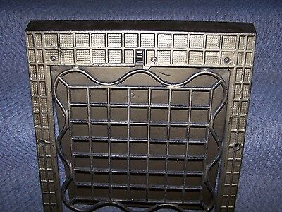 Antique Heavy Metal Quaker 1904 Base Wall Vent Grate From Furnace Duct