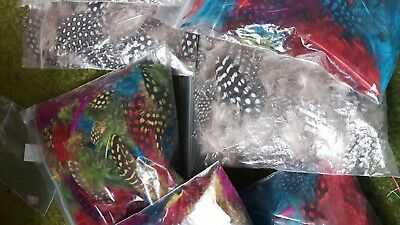 """100+ SPECKLED SPOTTY GUINEA FOWL FEATHERS 1-5"""" 2.5-13 cm NATURAL & MIXED COLOURS"""