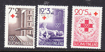 Finland Red Cross 1951 set 496/8  Mint Light Hinged