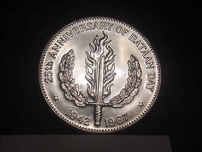 1967 Philippines Silver One Peso, 25th Anniversary of Bataan Day Nice Ships Free