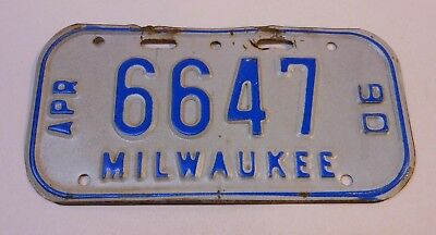 Vintage Wisconsin 1990 Milwaukee Bicycle License Plate