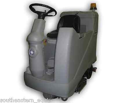 Reconditioned Advance Advenger 3210 Cylindrical Rider Floor Scrubber