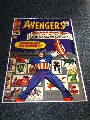 Avengers #16 New Team Line Up Hawkeye Quicksilver Scarlet Witch