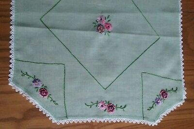 """PRETTY ANTIQUE VINTAGE RUNNER ~ HAND EMBROIDERY ~ 13""""x41"""""""