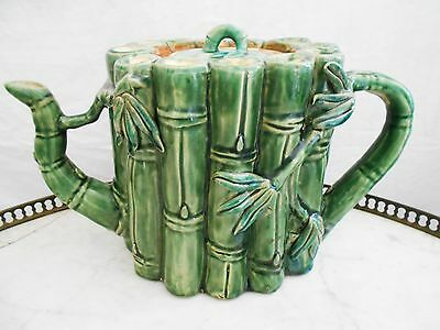 Superbe Grande Theiere Bambou En Faience / Barbotine Signee Athezza France