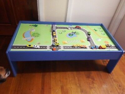 Wooden Train  Car Table With Lots Of Cars Good Condition