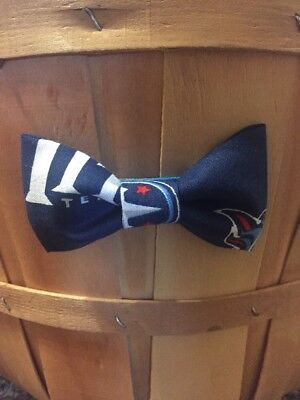 New Handmade NFL Bow Tie Fits All Ages - Clip On - #66 Tennessee Titans