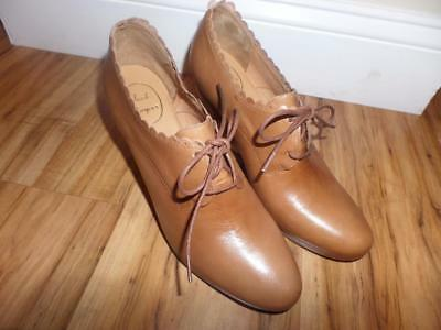 aa98c9e47e3 New Jack Rogers Women s Olivia Scalloped Wedge Bootie Boot Shoes 11 Leather  Tan
