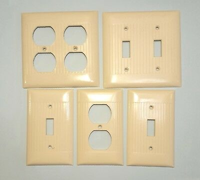Lot of Vintage Sierra Ivory Bakelite Ribbed Outlet & Switch Covers