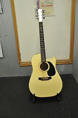 "Maton acoustic guitar Tommy Emmanuel  ""IVORY"""