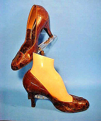 VTG.1940'S WWII ERA WOMENS ALLIGATOR HEELS SHOES, FRENCH ROOM by CHANDLER Sz 8B