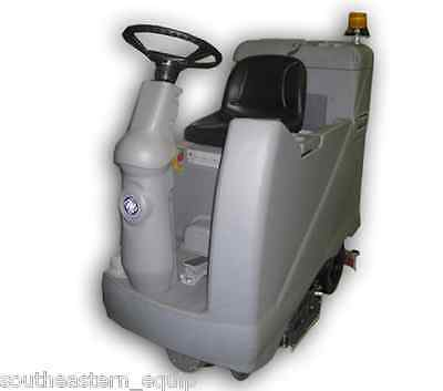 Reconditioned Advance Advenger 3210D Disk Rider Floor Scrubber
