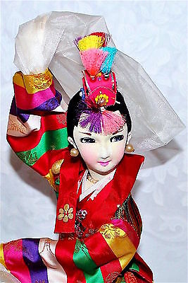 "Vtg Chinese Lady Doll Beijing Peking Silk H/P Beauty Dancer 20"" Figurine Statue"