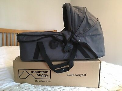 Mountain buggy Mini / Swift Carrycot