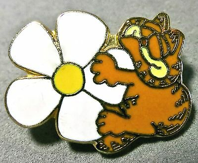 Vintage 1978 Garfield Enamel Daisy Flower Scatter Pin- United Feature Kat's Meow