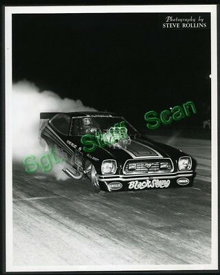 """Vintage drag racing 8"""" x 10"""" glossy photo Pee Wee Wallace Black Stang Funny Car"""