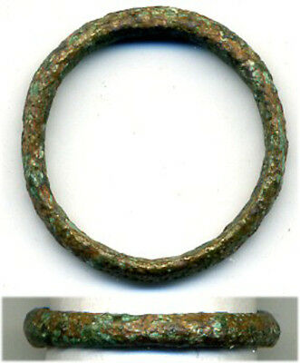 Ancient bronze Celtic finger ring (size ~ 7 1/2), 800-500 BC, Danube Area