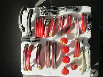 Grouping Of Vintage Red & Black Plastic Drawer/door Handles 7 Knobs W/paint