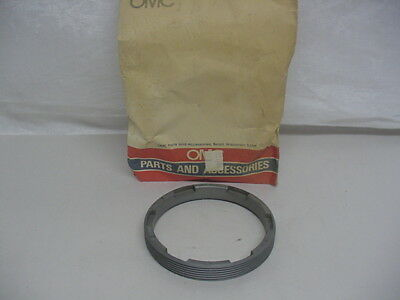 New NOS OMC Retaining Ring  944751       C23
