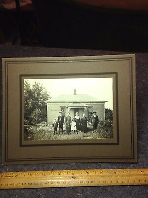 Vintage Photograph/vintage Homestead Scene/small Old Home & Family Group Photo