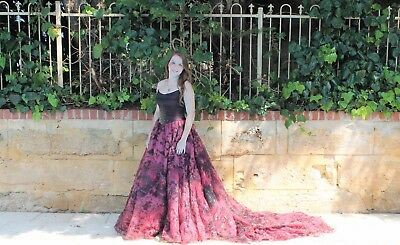 Collezione Designer Stunning Red Gone With The Wind Ball Gown Size 14
