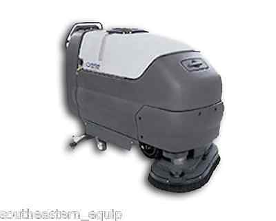 """Reconditioned Advance CMAX 34ST Floor Scrubber 34"""" Disk"""