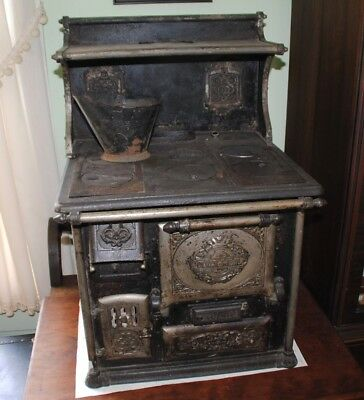 Quick Meal Salesman Sample Stove Antique Cast Iron RARE