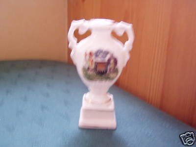 Arbroath Coat Of Arms Formal Vase - Gemma Crested China