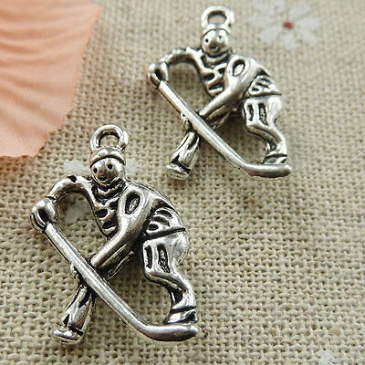 Free Ship 60 pieces tibetan silver Roller skating athletes charms 25x17mm #412