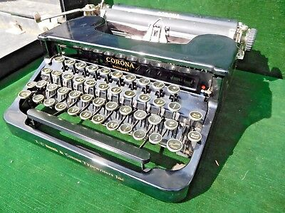 Vintage L.C. Smith & Corona Standard Manual Typewriter Portable w/Case CLEAN!