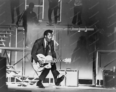 Chuck Berry In Concert Vintgage  8x10 Reprint Of Old Photo