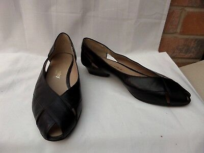 RUSSELL & BROMLEY UK 4.5 / 37.5 Black all leather peep toe court shoes VGC