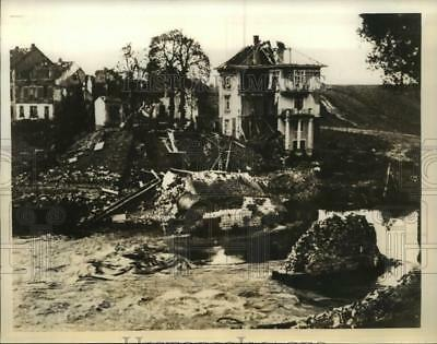 Press Photo Bridge in France Blown Up by French Sappers to Keep Out Germans